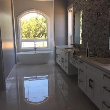 Bathroom Hodges Tile 10